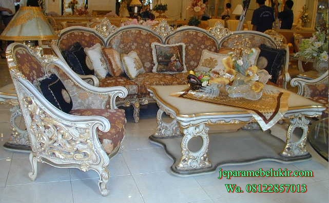 Sofa Tamu Royal Klasik